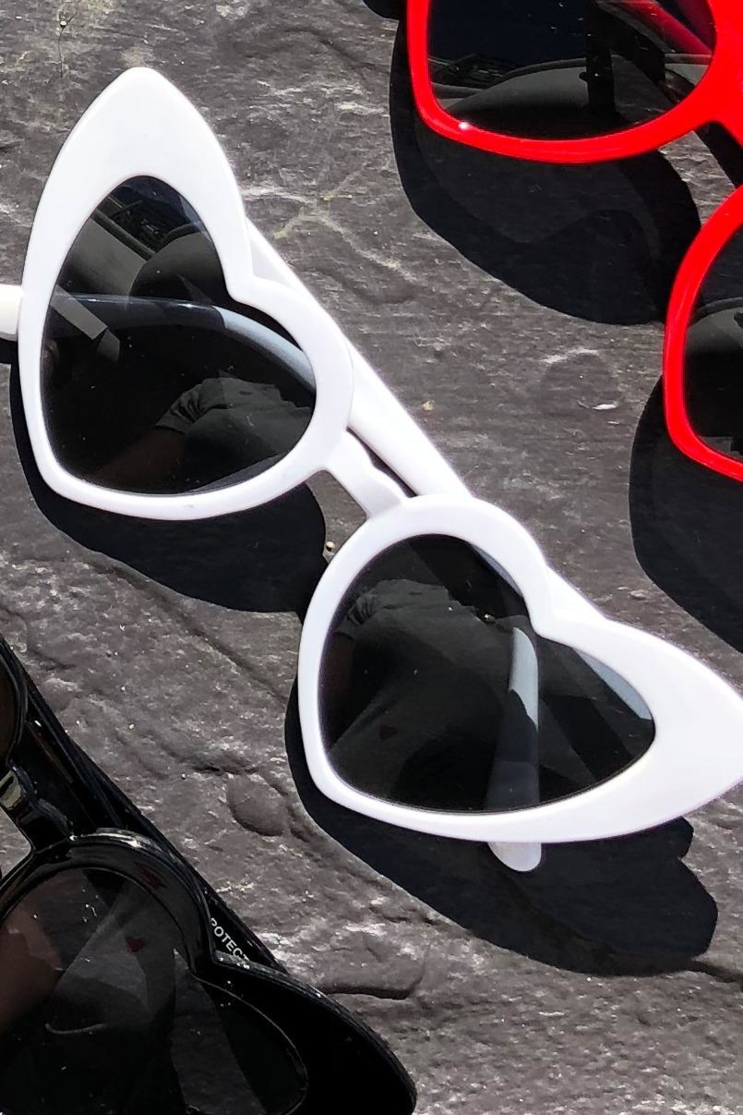 Chynna Dolls Heart Sunglasses - Front Cropped Image