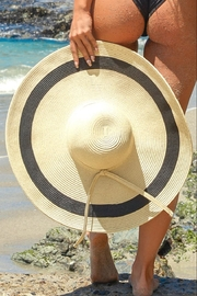 Chynna Dolls Oversized Beach Hat - Front cropped