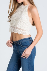 Cien Halter Top - Side cropped