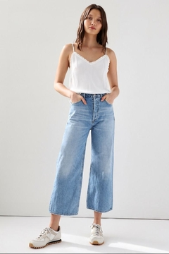 Citizens of Humanity Cropped Wide-Leg Jean - Product List Image