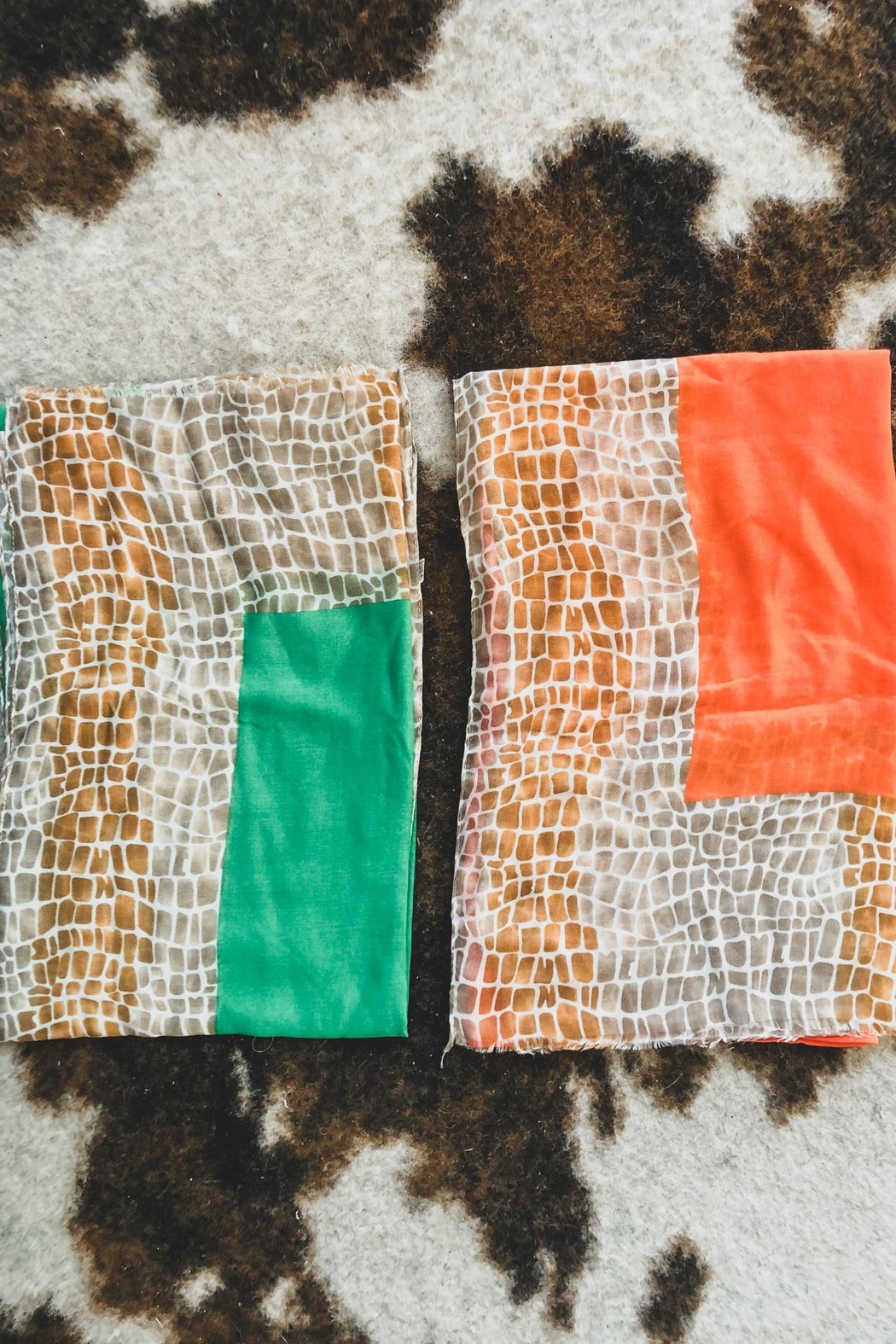 Citrus Husk Printed Scarf Or Wrap - Side Cropped Image