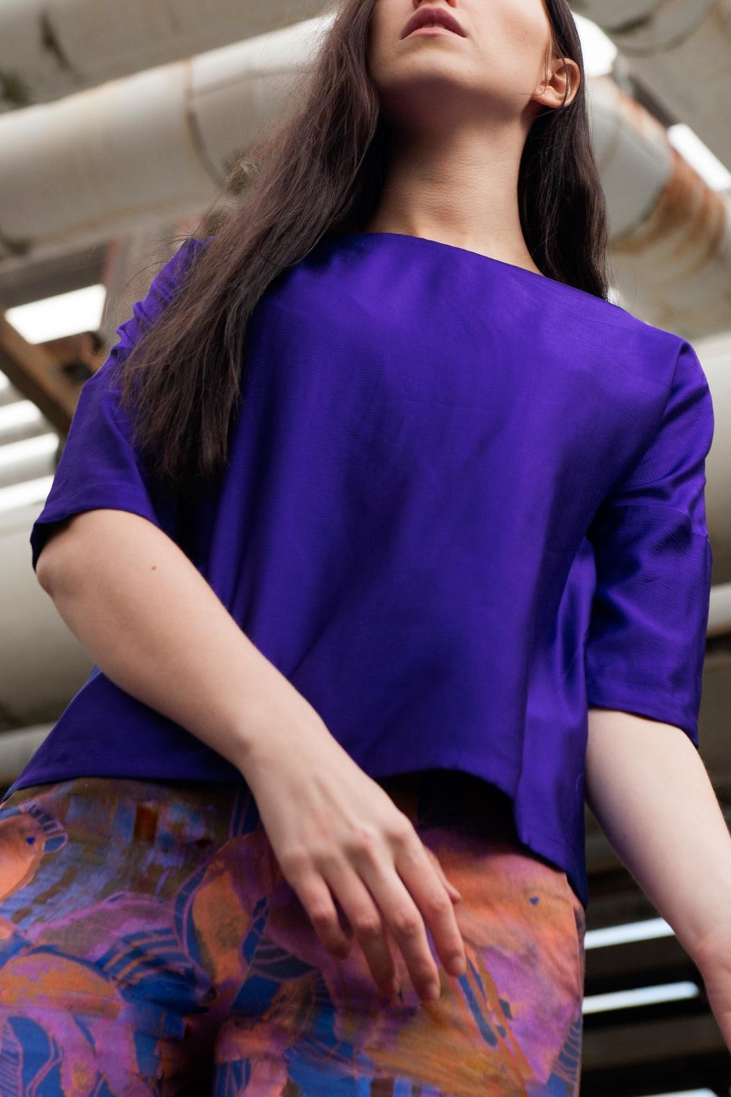 Clara Kaesdorf Elegant Blouse Purple - Side Cropped Image