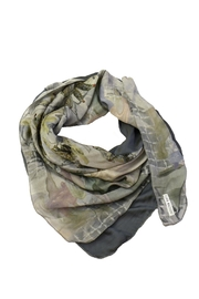 Clara Kaesdorf Scarf Print Grey - Side cropped