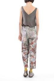 Clara Kaesdorf Trousers Flower Red - Side cropped