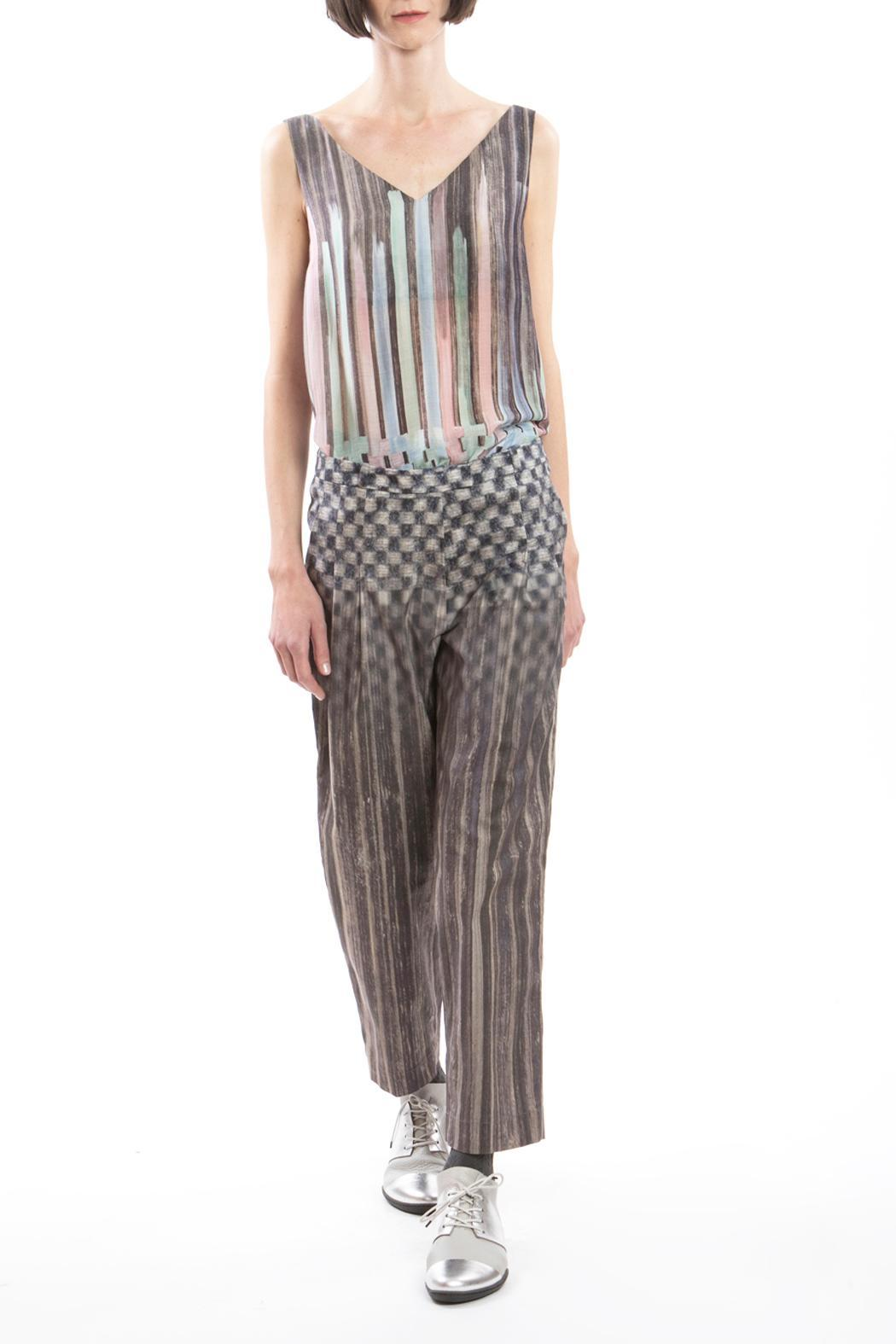 Clara Kaesdorf Trousers Pleats Grey - Front Cropped Image