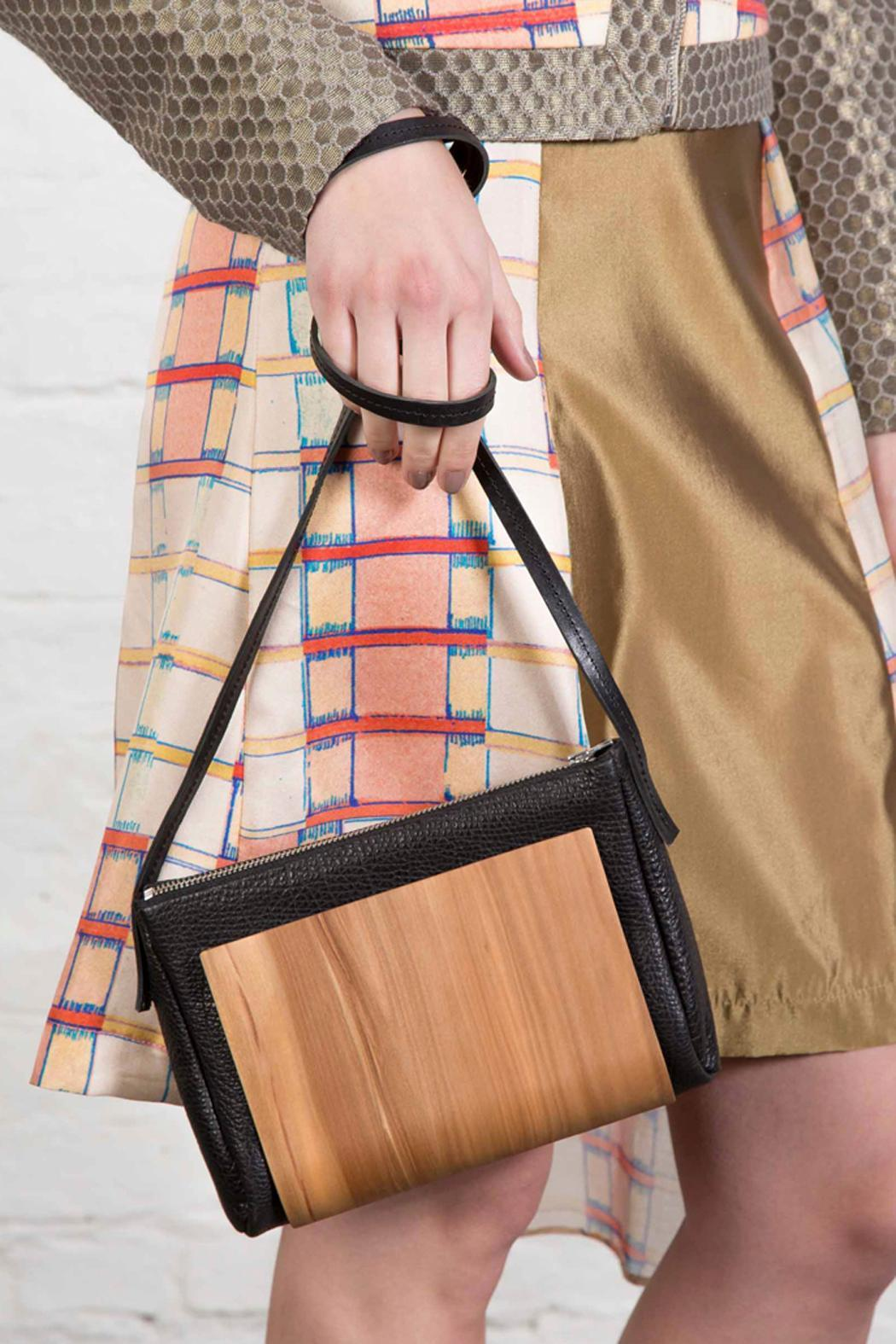 Clara Kaesdorf Woodenbag Leather - Main Image