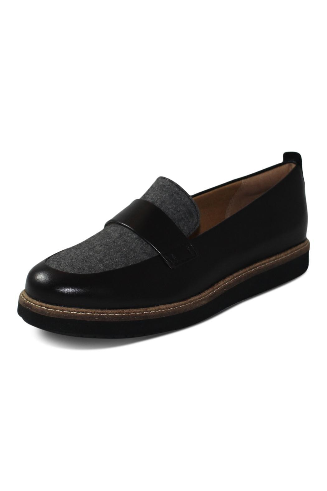 clarks grey flat shoe from columbia by big boot