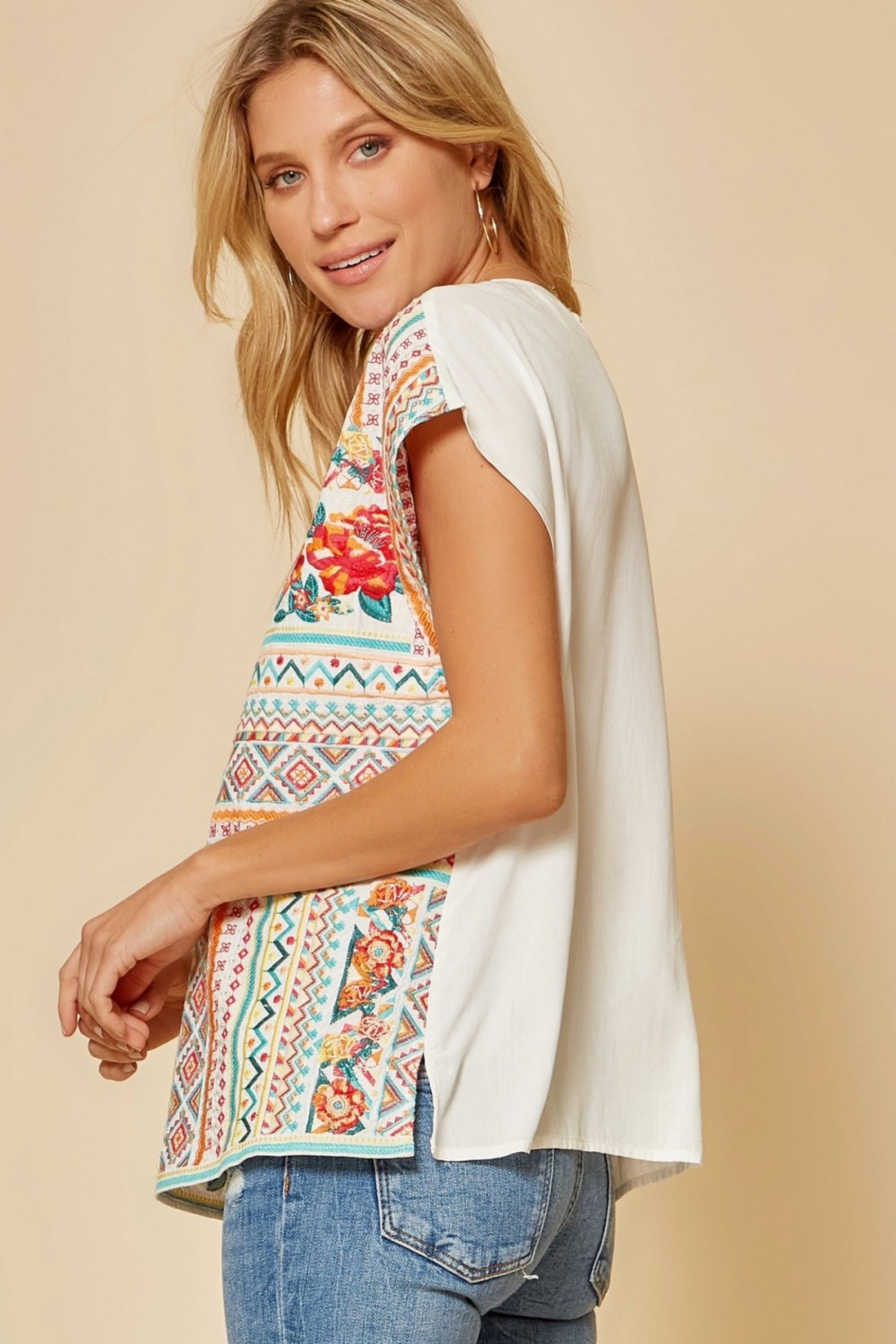 Savanna Jane Classic Beauty Embroidered Top - Back Cropped Image