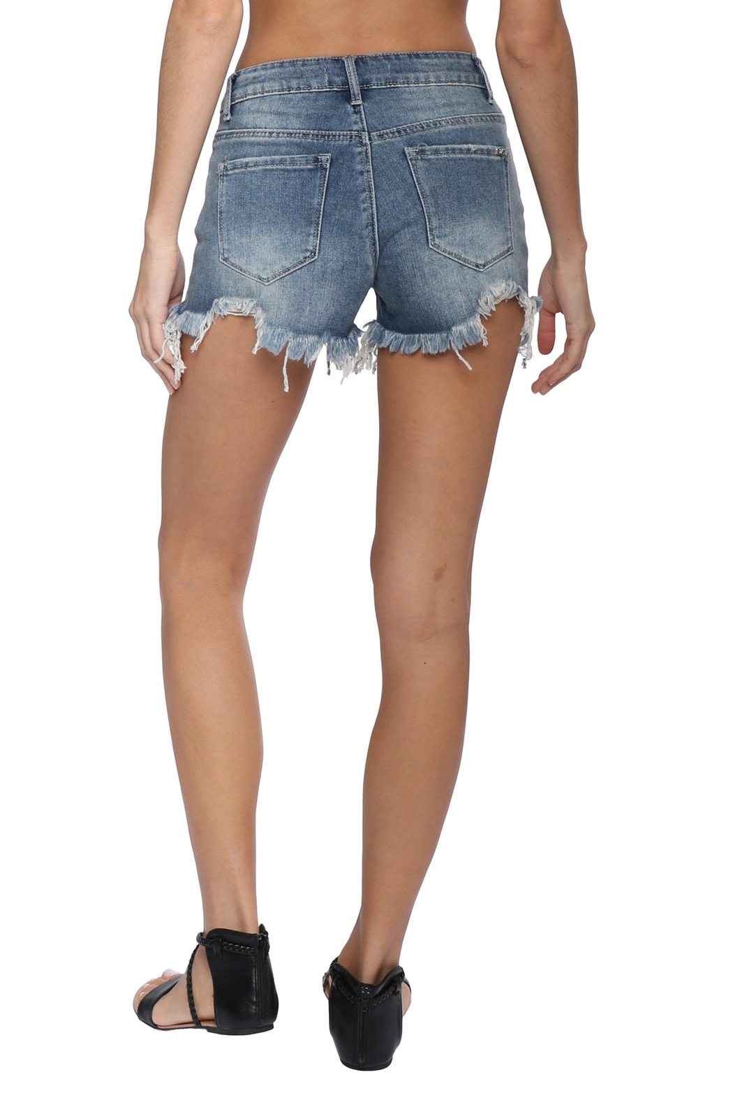 Tractr Blu Classic Cut-Off Short - Side Cropped Image