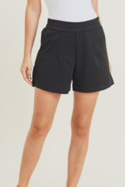 Jodifl Classic Feels Shorts - Front cropped