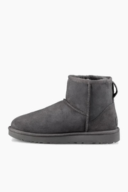 Ugg Classic Mini Boot - Front cropped