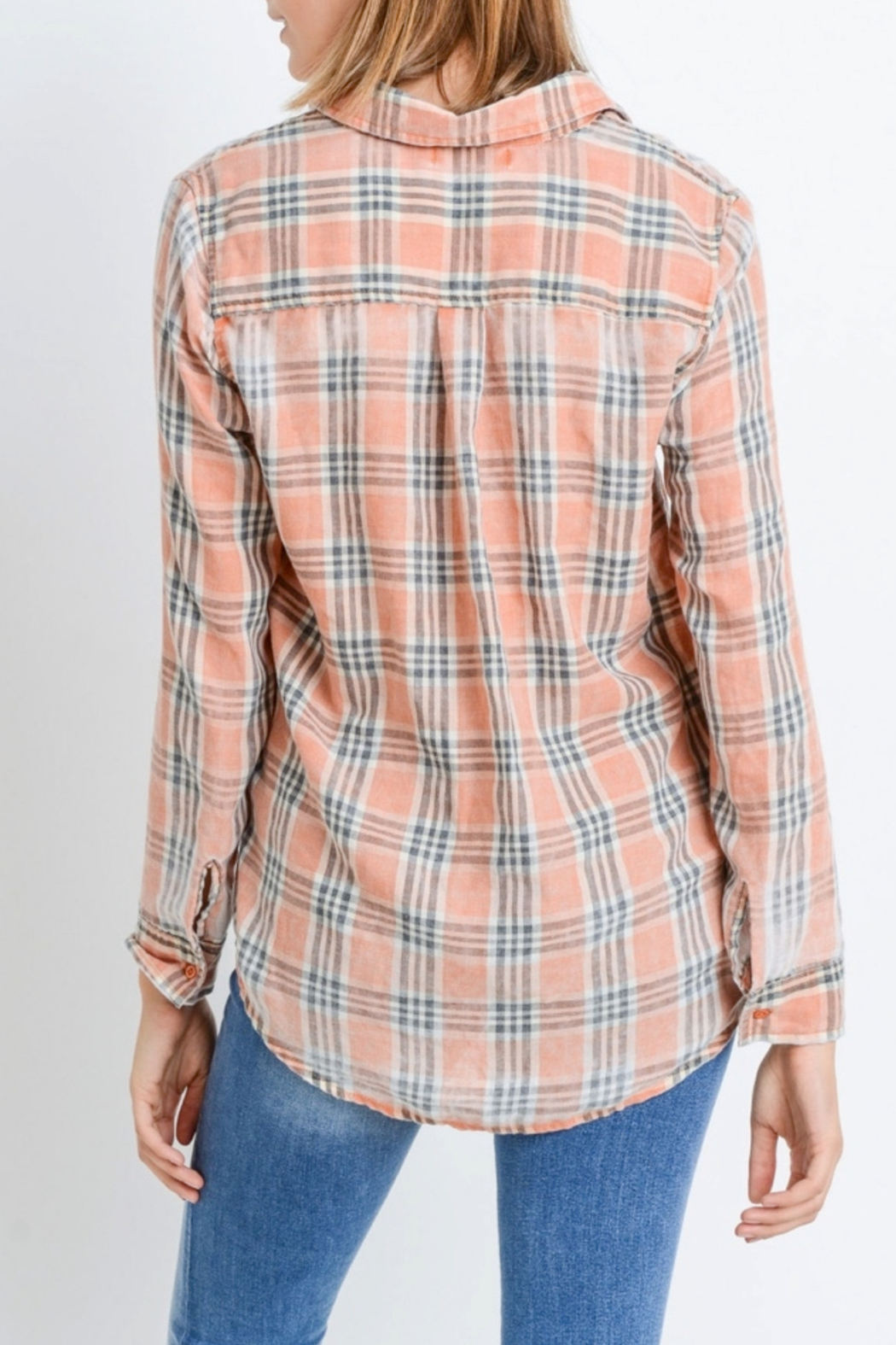 Paper Crane Classic Plaid Shirt - Side Cropped Image