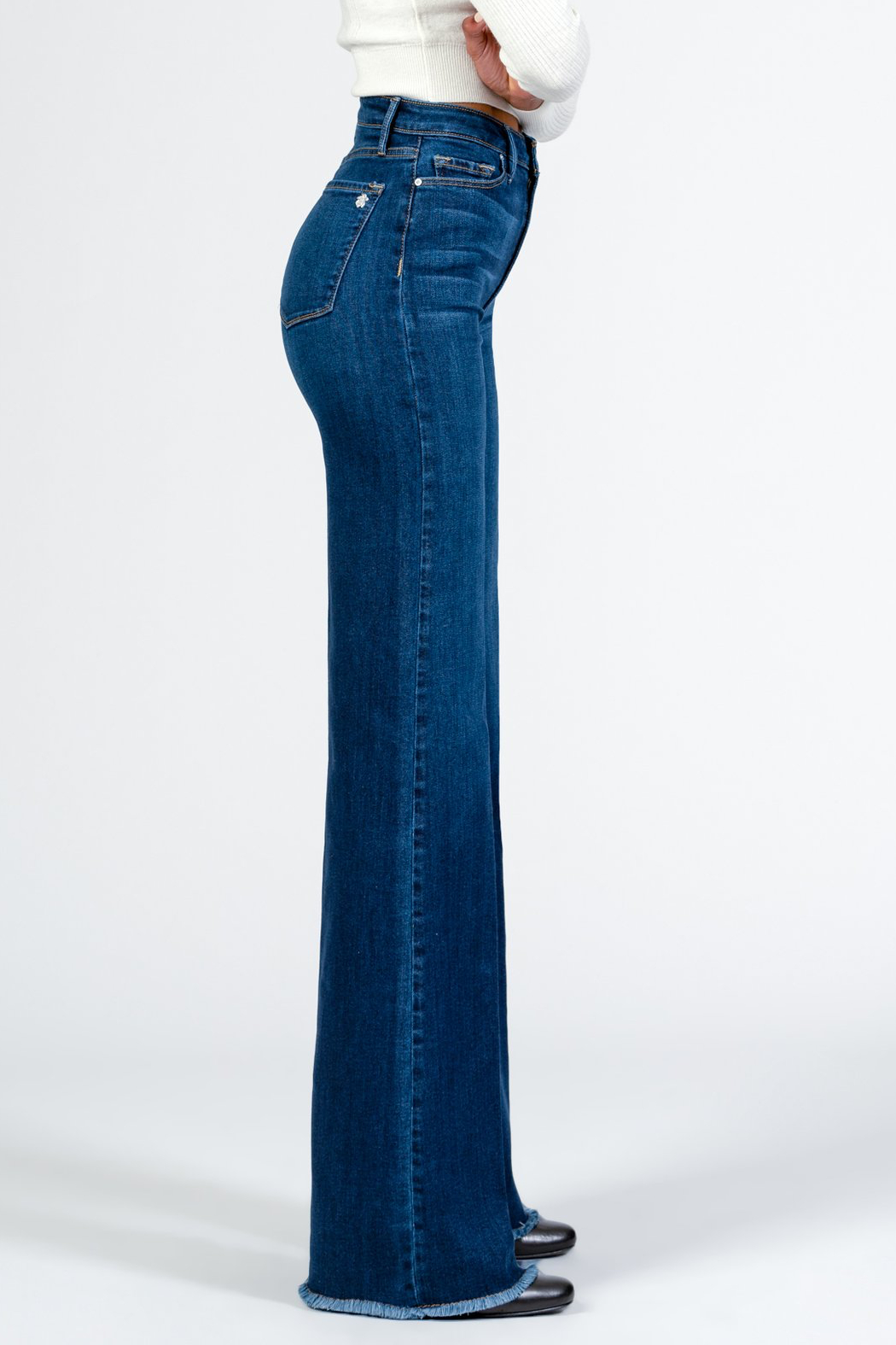 Black Orchid Denim Claudia Wide Leg Jeans - Side Cropped Image