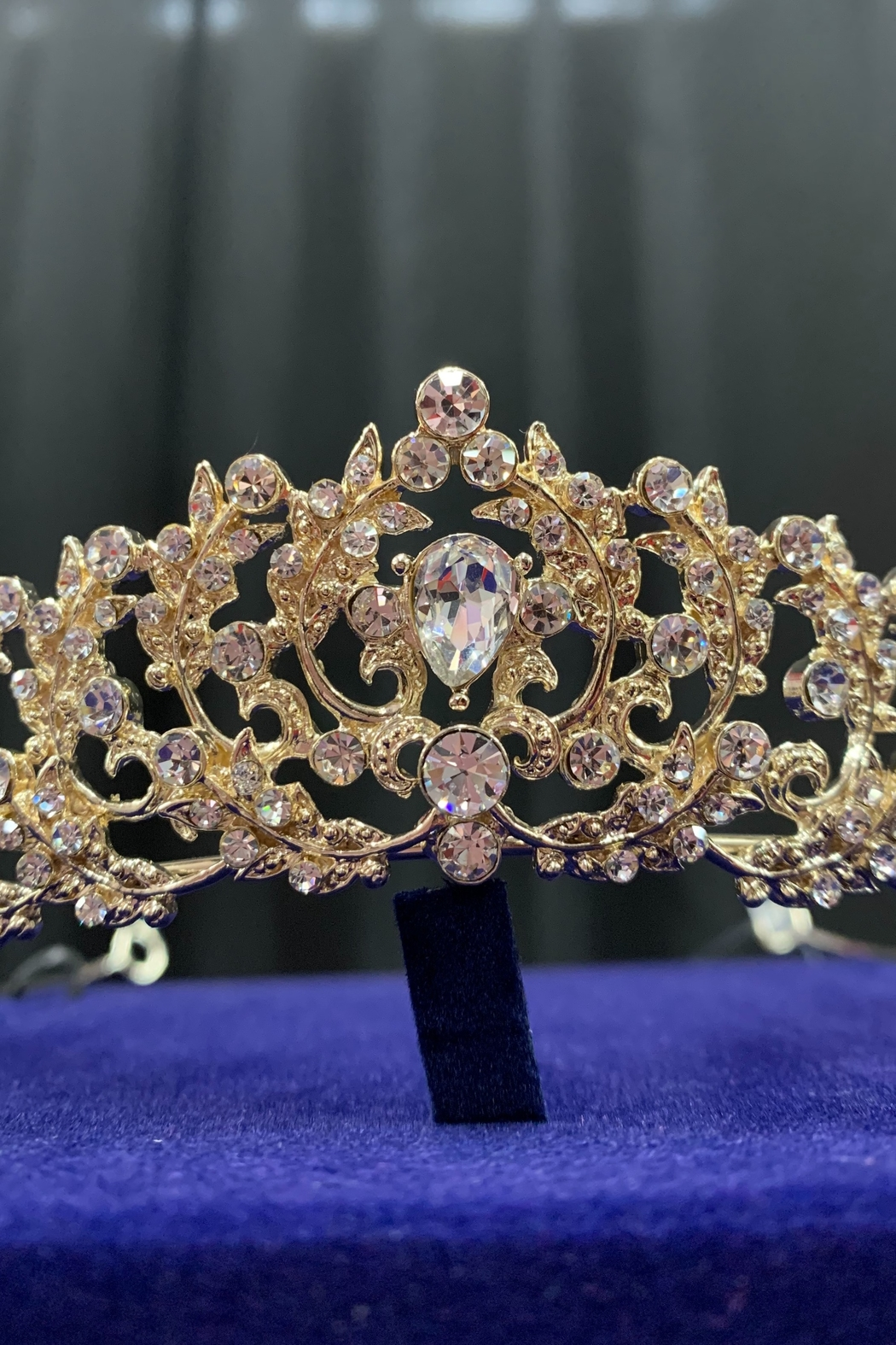 Lucky Collections Clear Crystal Tiara - Side Cropped Image