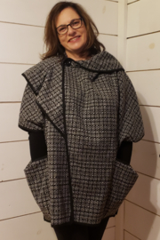 Clotheshead ClothesHead Poncho - Front cropped