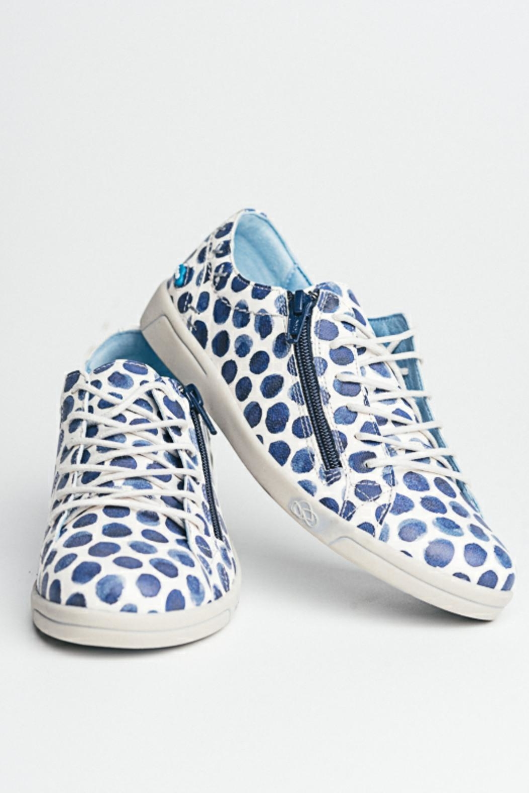Cloud Print Leather Sneaker - Front Full Image