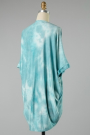 Final Touch CLOUDS KIMONO - Front full body