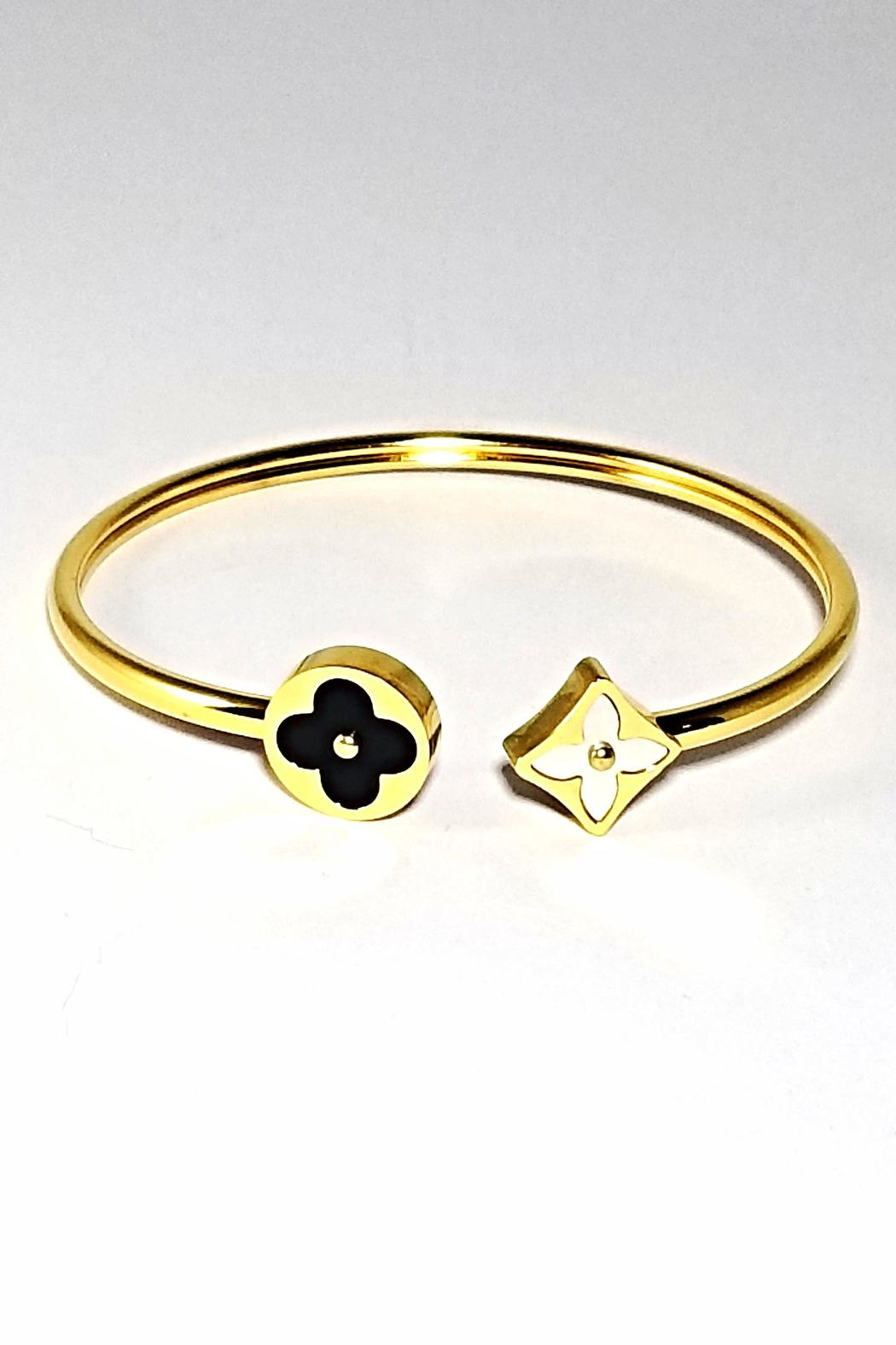 Italian Ice Clover Open Bangle - Front Cropped Image