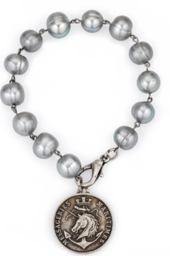 French Kande CM667-X - Silver Frechwater Pearls with Colonies Medalion - Alternate List Image
