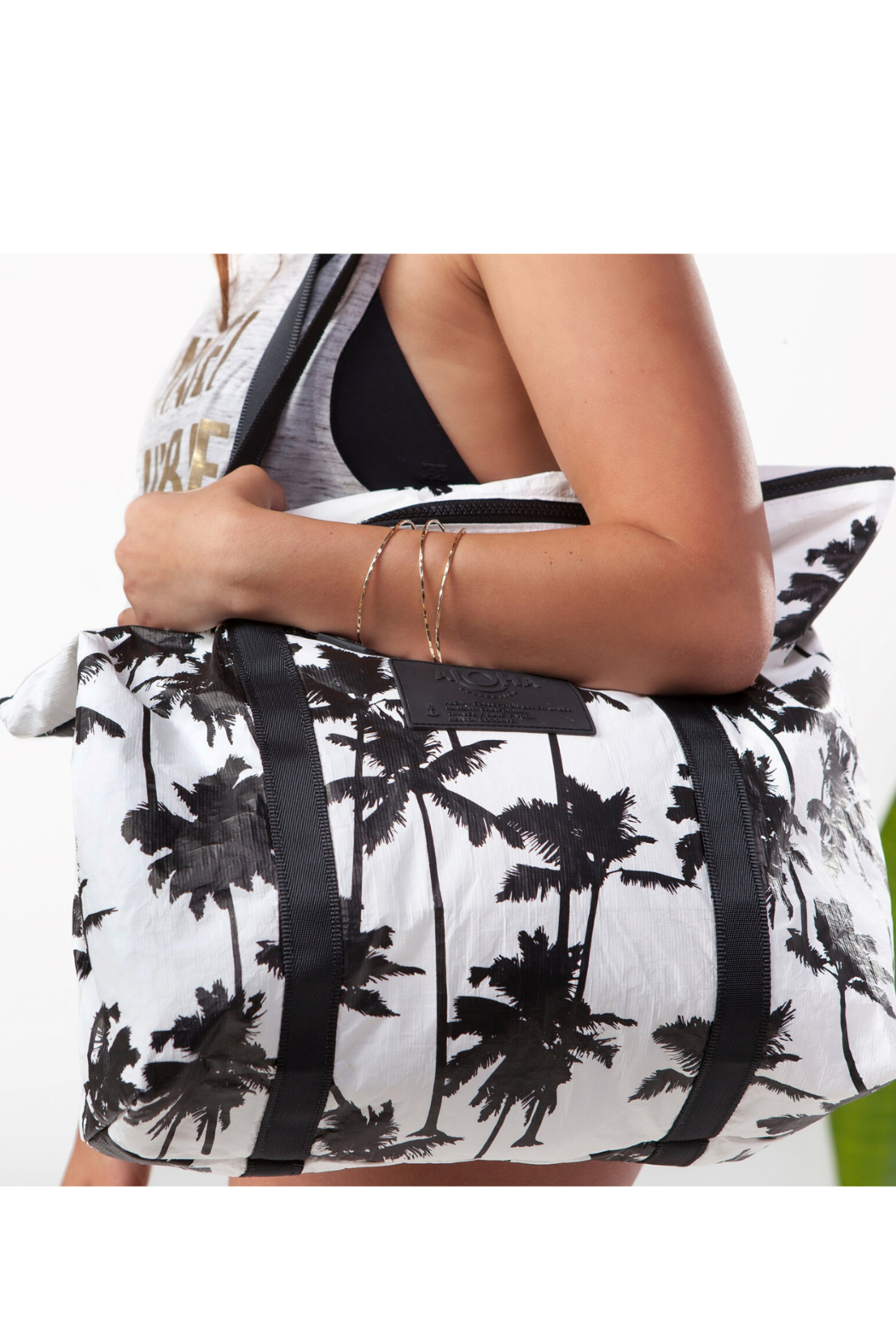 Aloha Collection Coco palms zipper tote - Front Full Image
