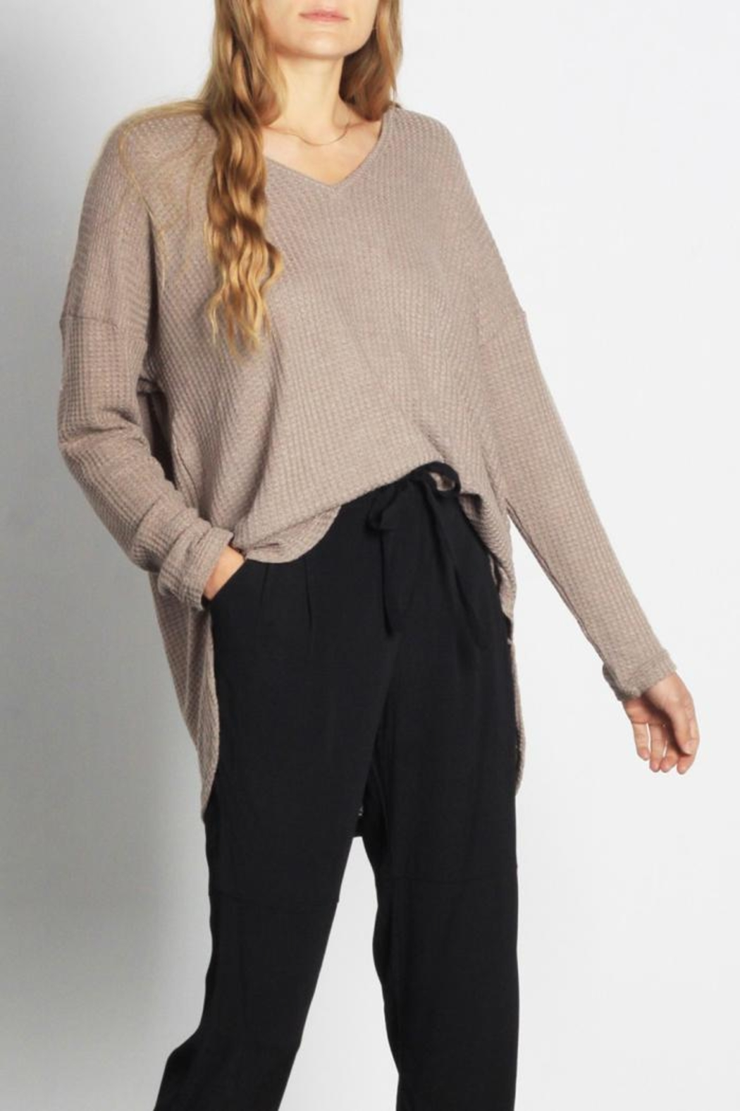 Mod Ref Cocoa Thermal Top - Side Cropped Image