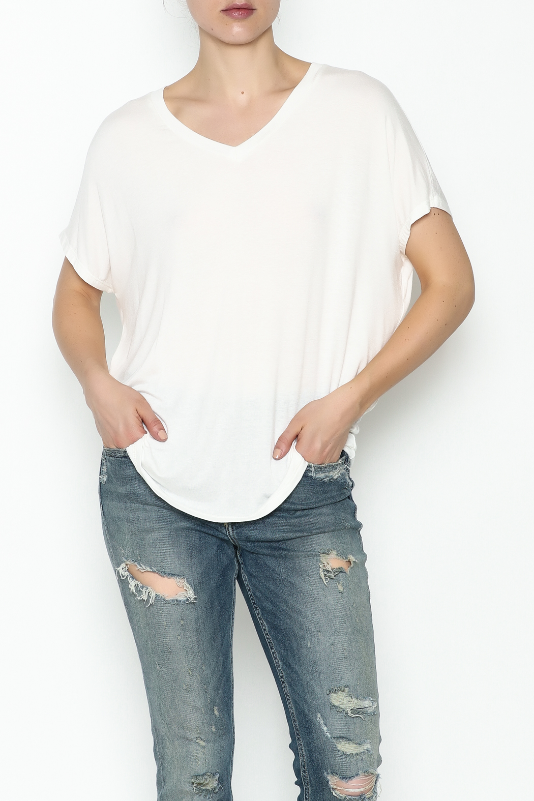 Coin 1804 Mesh V Back Tee - Front Cropped Image