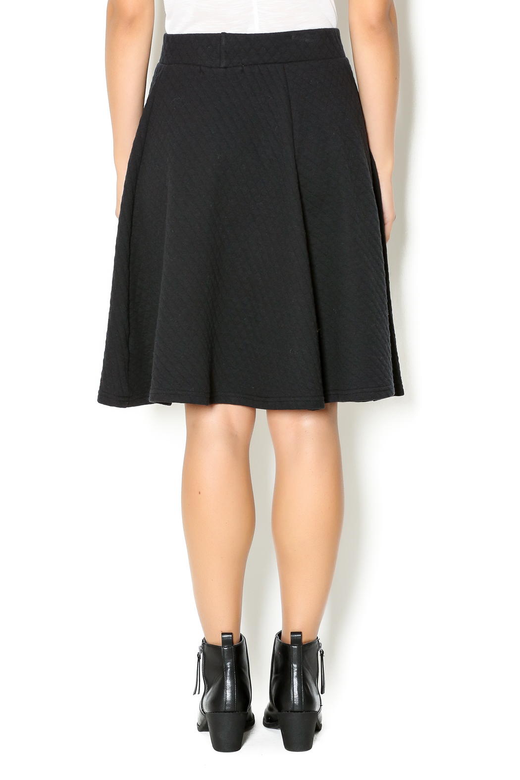 Coin 1804 Quilted Skirt - Back Cropped Image