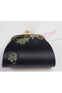 tu-anh Coin Purse Black Floral - Product List Image