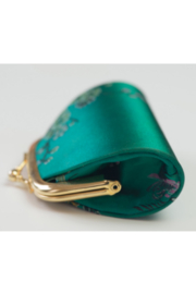 tu-anh Coin Purse Green Floral - Front full body