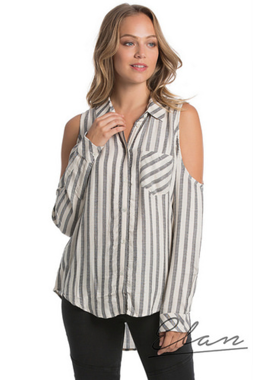 Elan Cold Shoulder Front Top - Front Cropped Image