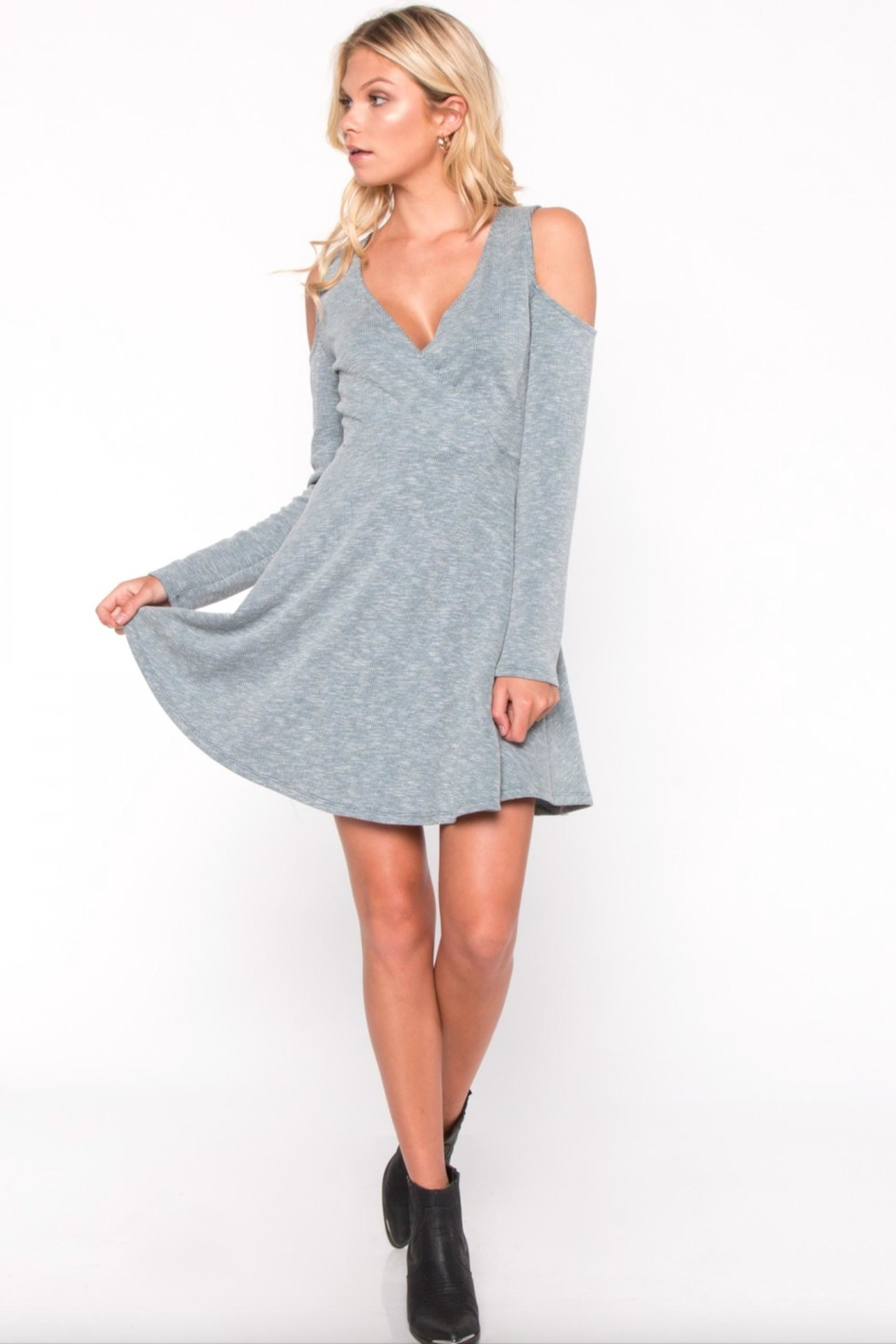fd48564914223 Everly Cold-Shoulder Long-Sleeve Dress from Florida by Apricot Lane ...