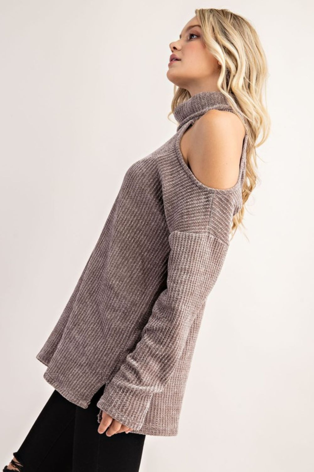 FSL Apparel Cold Shoulder Turtle Neck Top - Side Cropped Image
