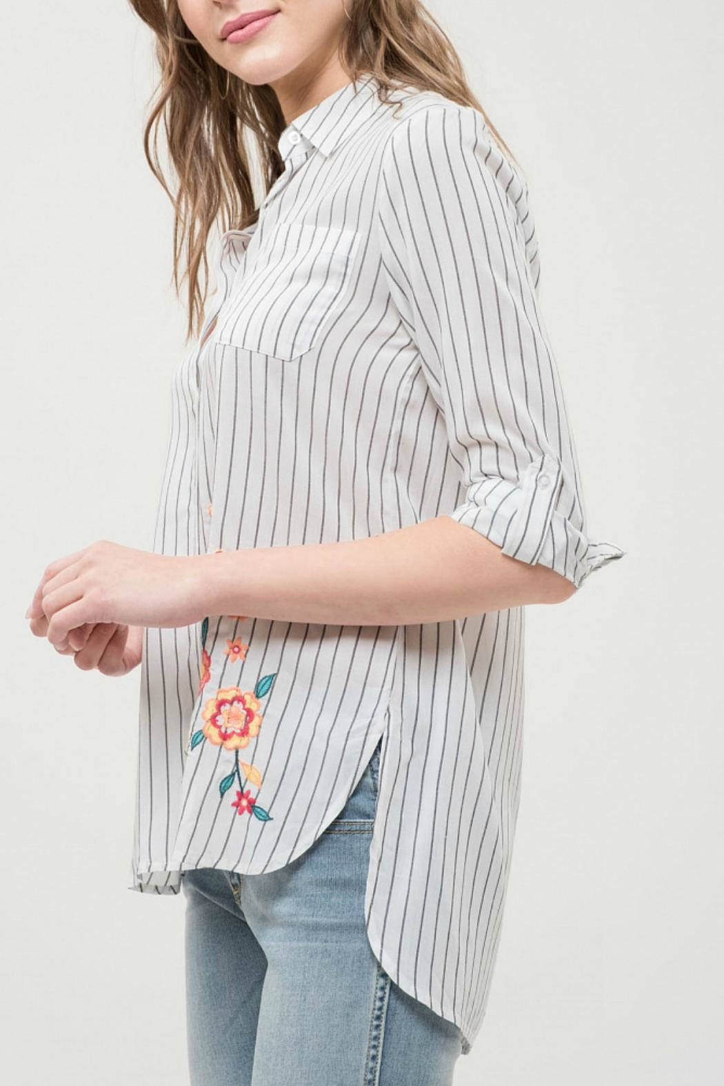 Blu Pepper Collared Embroidered Top - Front Full Image