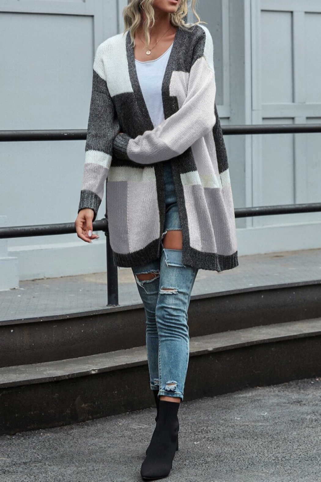 She and Sky color block cardigan - Side Cropped Image