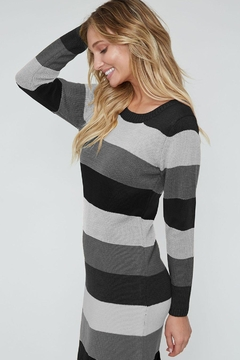 Peach Love California Color-Block Sweater Dress - Alternate List Image