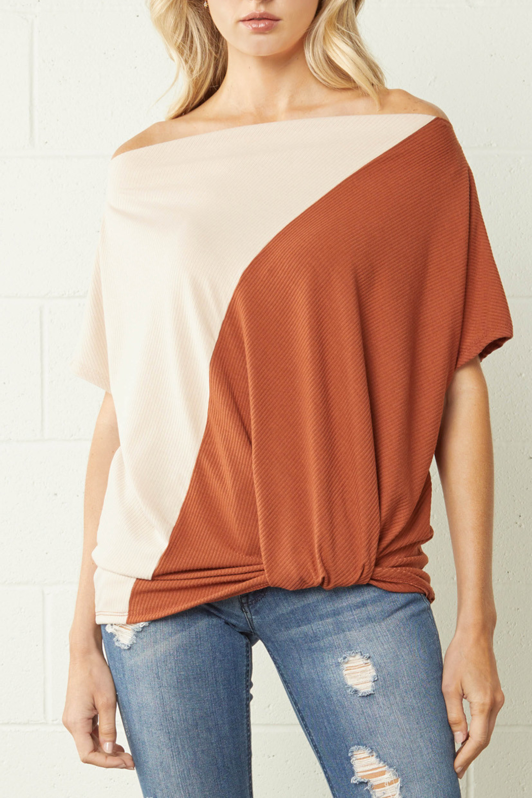 entro  Color Block Trend top - Front Cropped Image