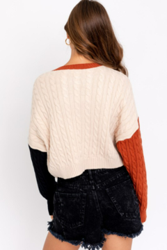 Le Lis Color Blocked Cropped Sweater - Alternate List Image