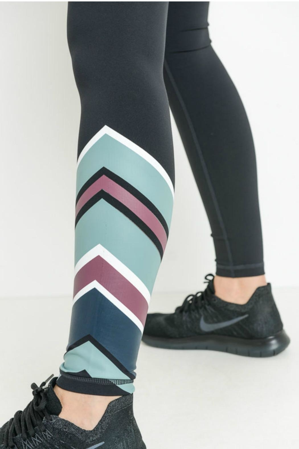 Mono B Color Wrap Legging - Side Cropped Image