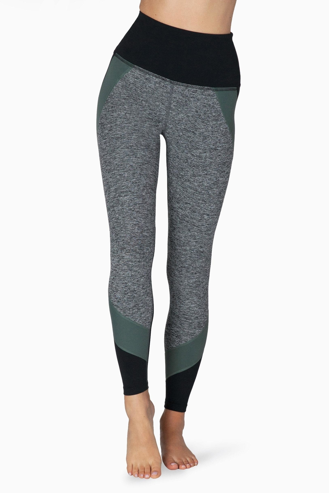 Beyond Yoga Colorblocked Hw Legging - Front Cropped Image
