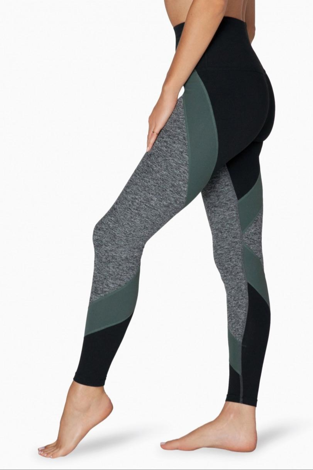 Beyond Yoga Colorblocked Hw Legging - Side Cropped Image