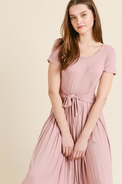Les Amis Comfy Blush Midi - Alternate List Image