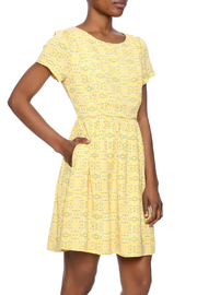 Comme Toi Yellow Floral Dress - Product Mini Image
