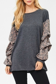 Comme Toi Animal-Print Sleeve Top - Front cropped