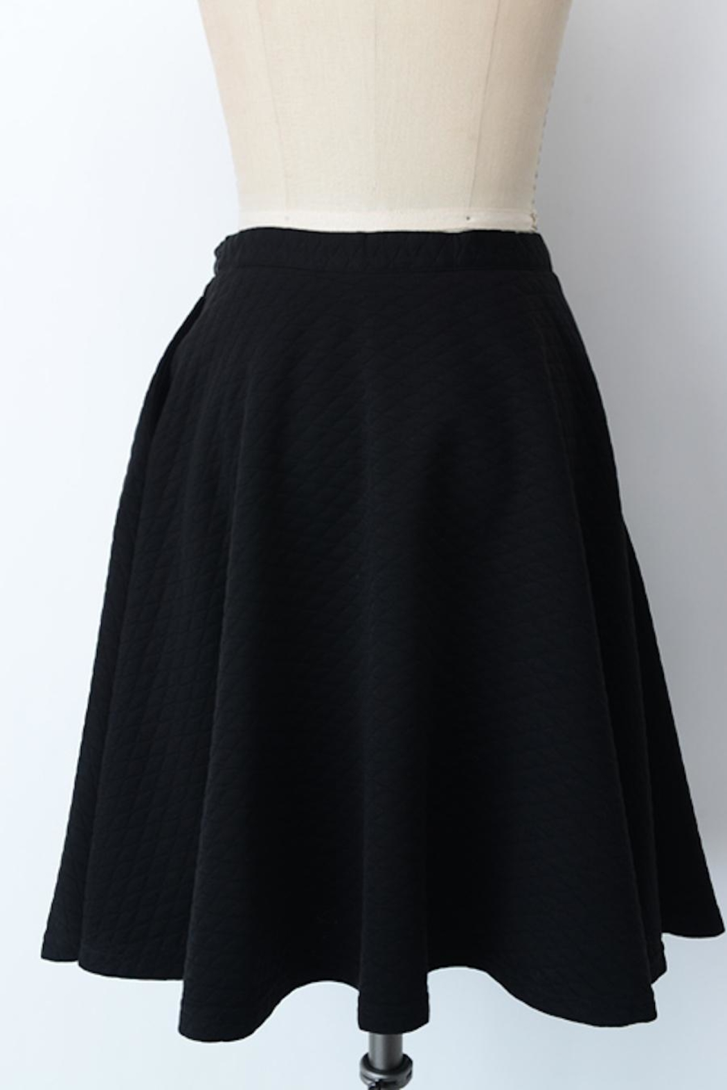 Comme Toi Black Textured Skirt - Front Full Image
