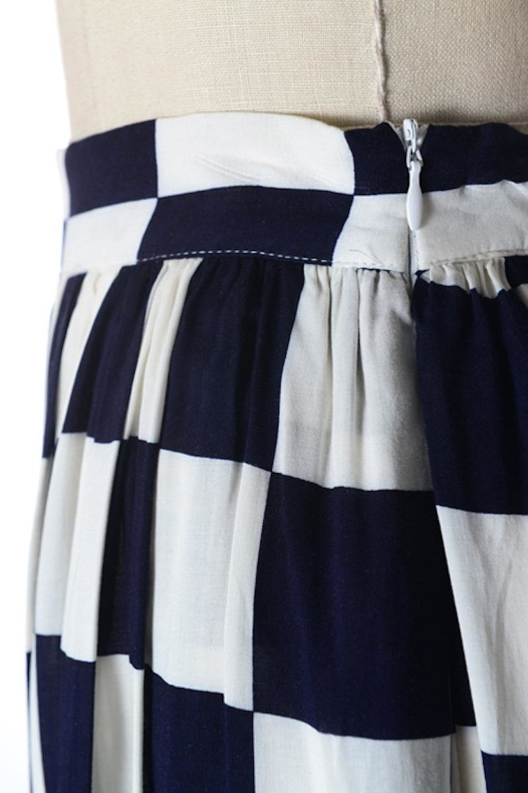 Comme Toi Navy Checkered Skirt - Side Cropped Image