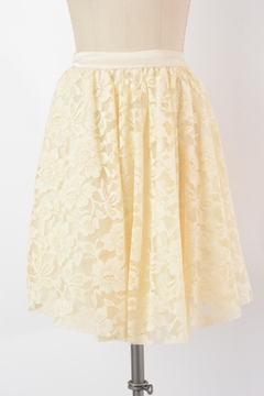 Comme Toi Vintage-Cream Lace Skirt - Product List Image