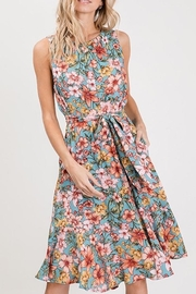 Compendium Floral Sundress W/ Pockets - Front cropped