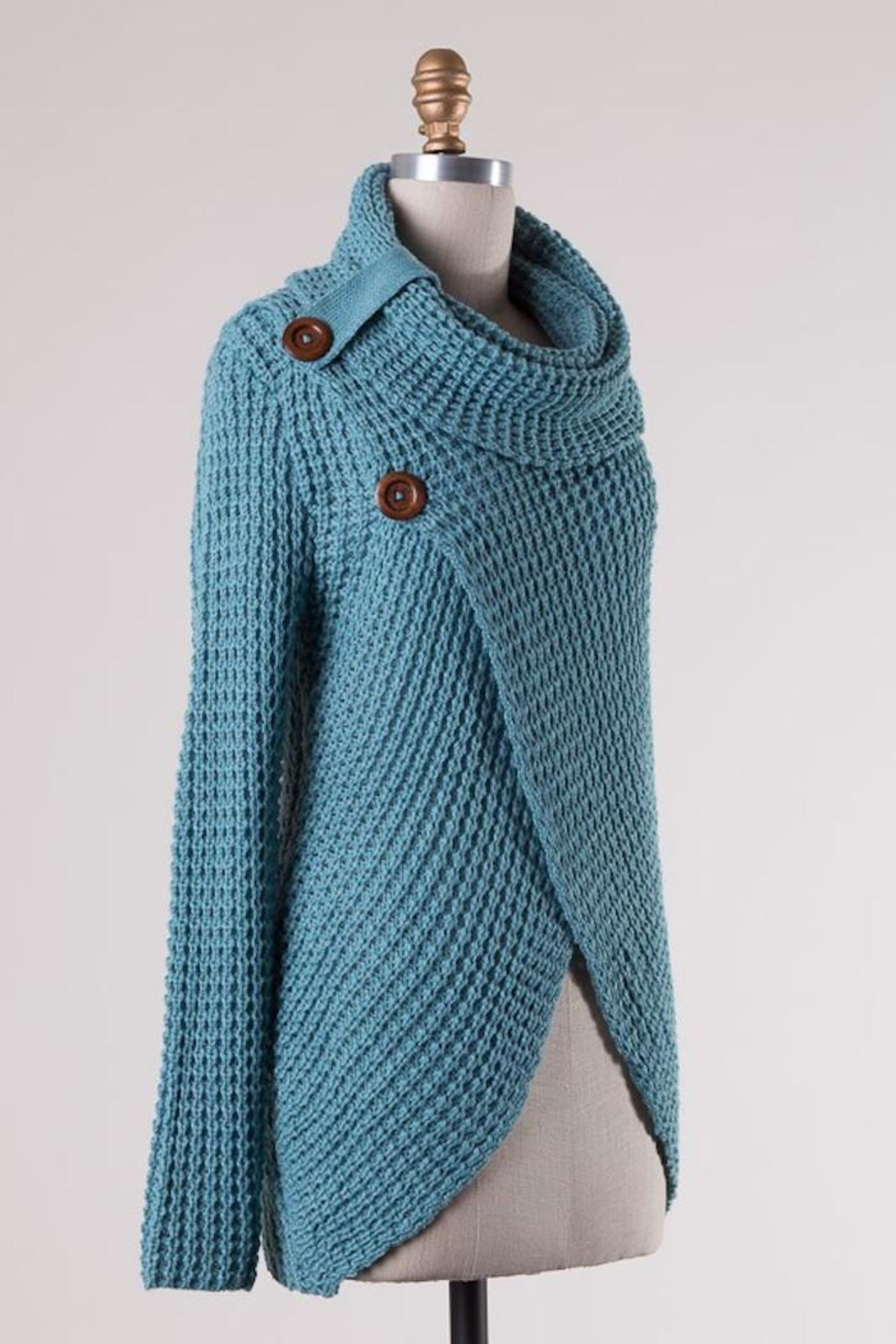 Compendium boutique Skyblue Angela Pullover - Front Full Image