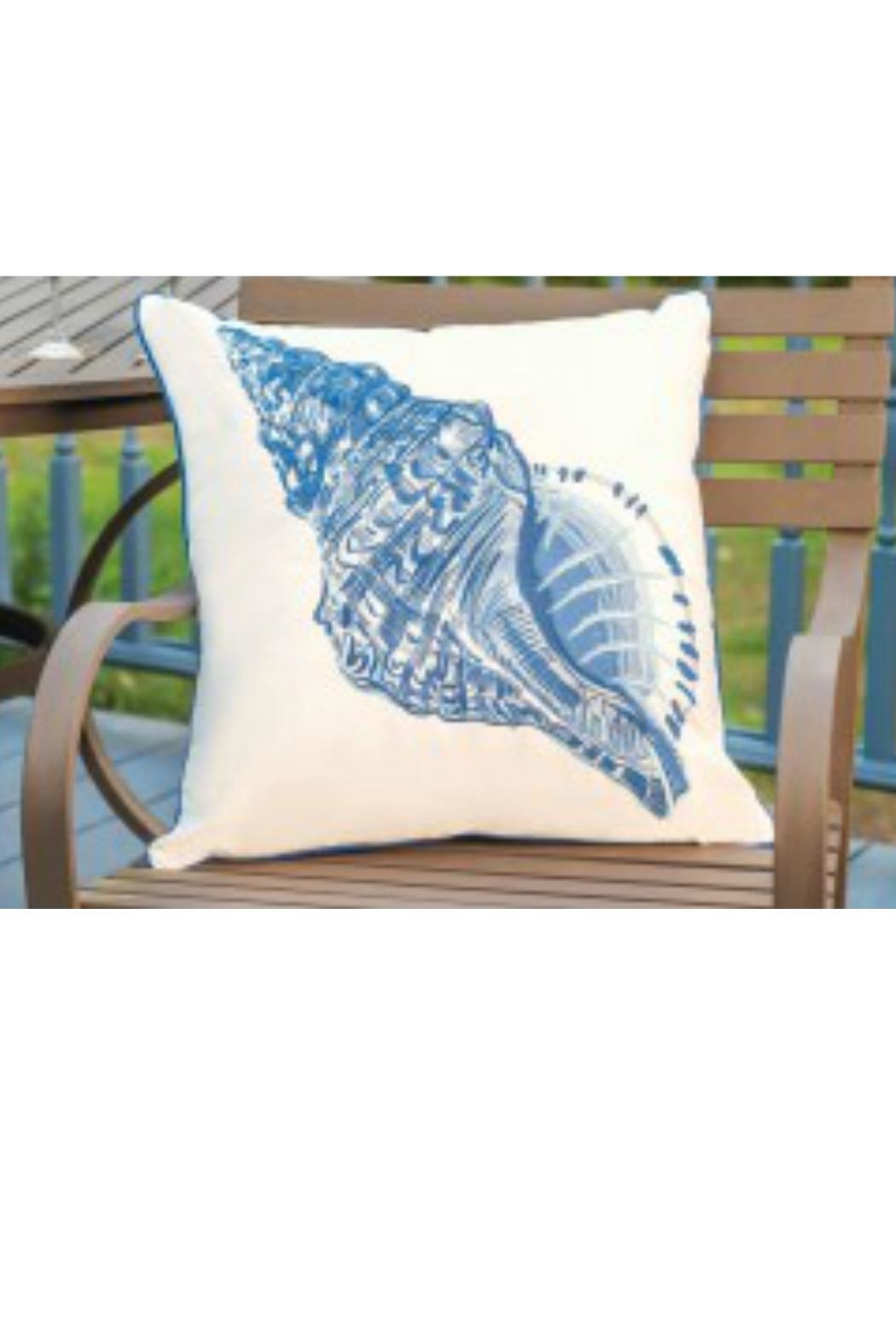 RIGHT SIDE DESIGN Conchshell Outdoor Pillow - Main Image