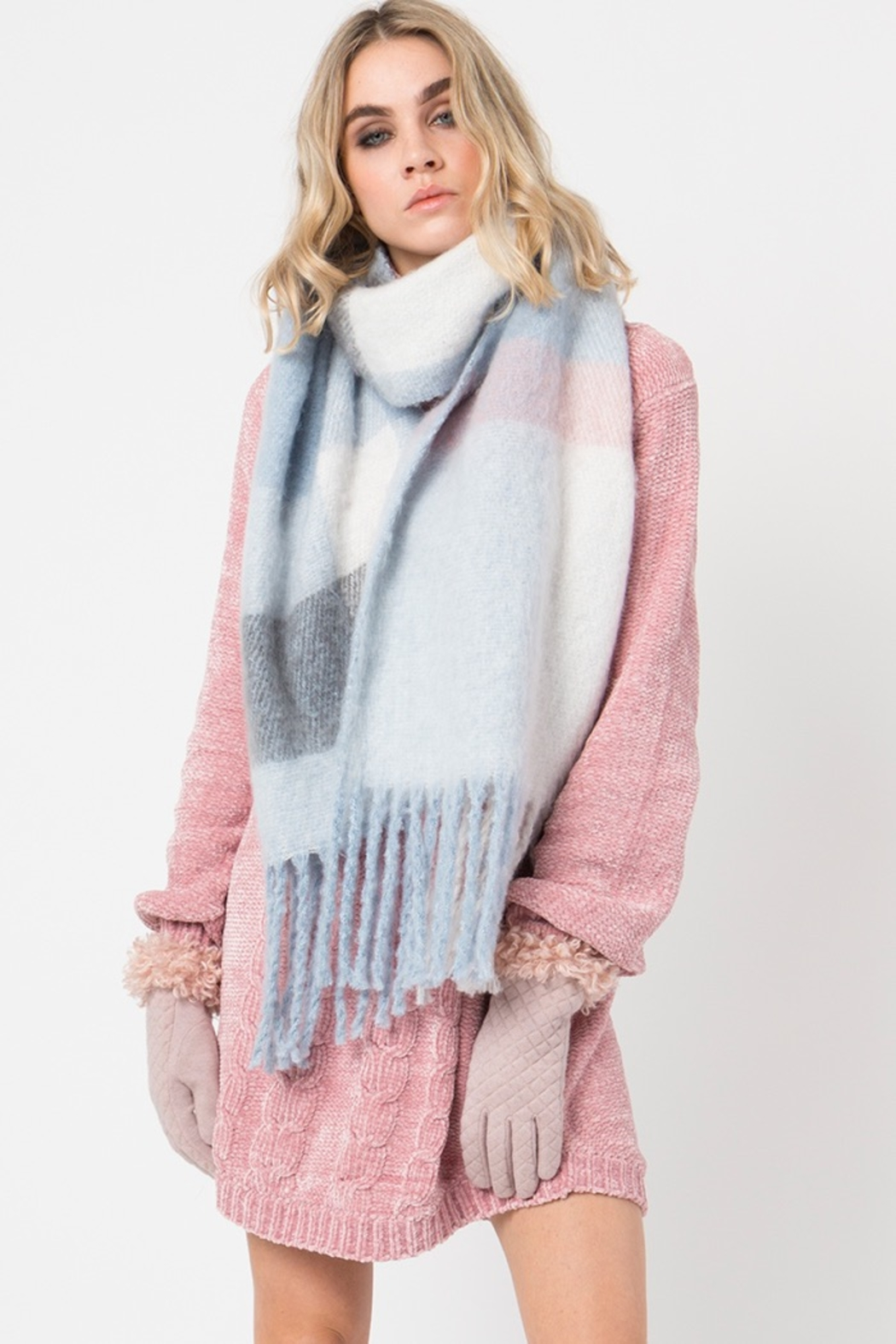 Pia Rossini CONNOLLY SCARF - Front Cropped Image